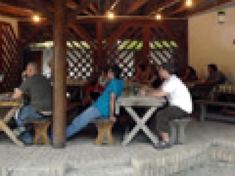 Augusztustól szeptemberig – Beszámoló a negyedik véneki írótáborról