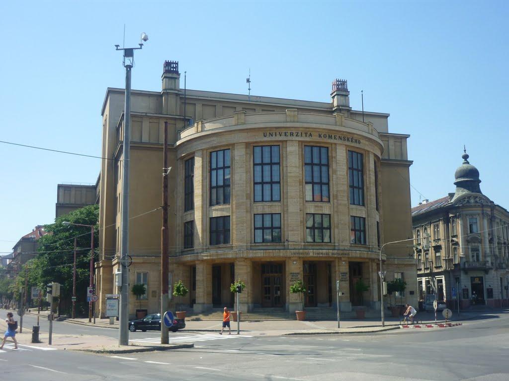 Mesterkurzus — Az Irodalmi Szemle újra a Comeniuson