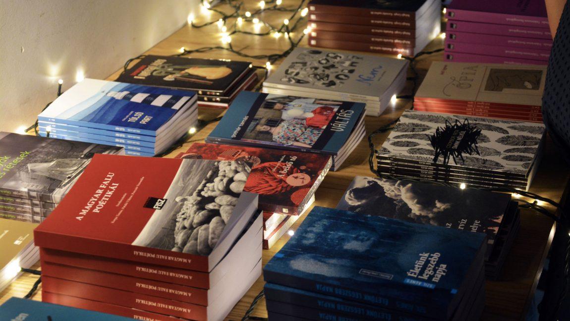 Alapozás – A FISZ könyvheti bulija (galéria)