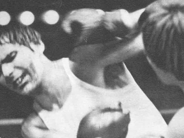 Fodor Péter: Újrajátszás plusz / Keccsölő bokszolók (Rényi Tamás: K. O.)